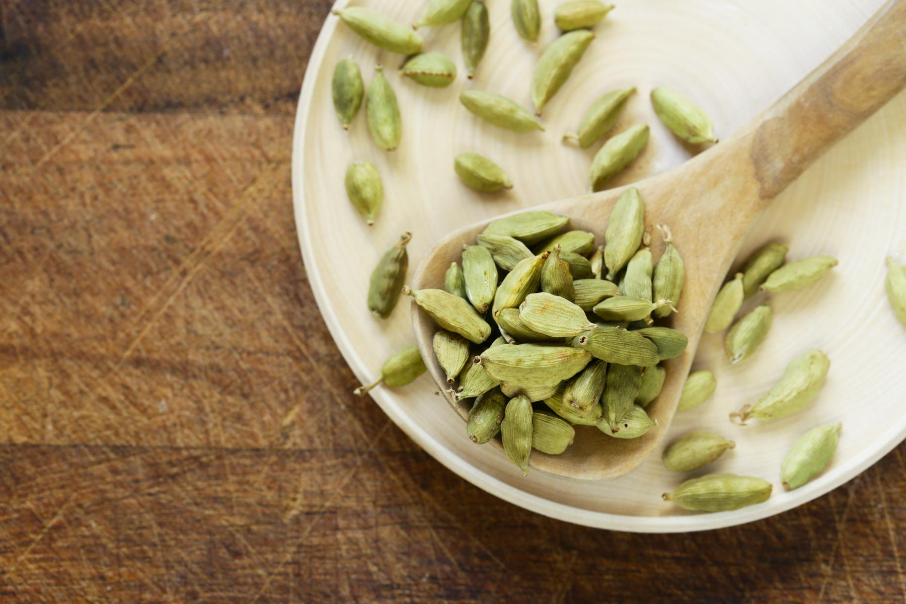 Uses And Benefits Of Cardamom Essential Oil Arupe